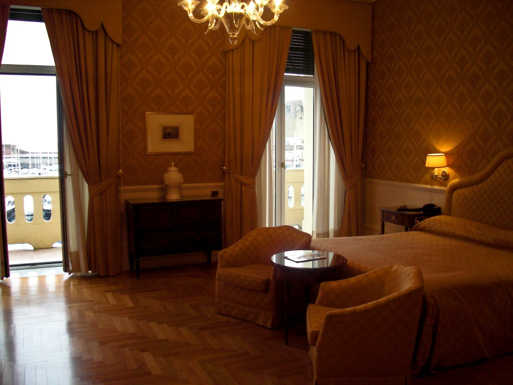 Hotel Excelsior Naples Italy