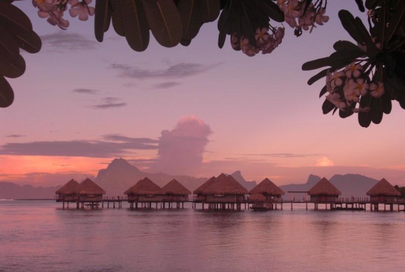 Le Meridien Tahiti or Moorea