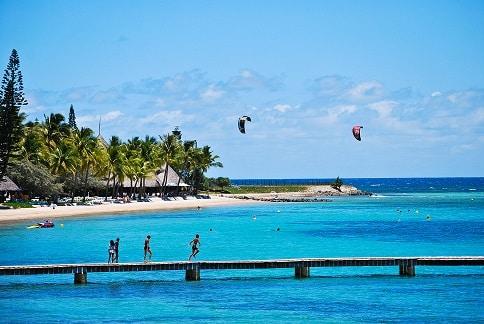 Kitesurfers Noumea New Caledonia