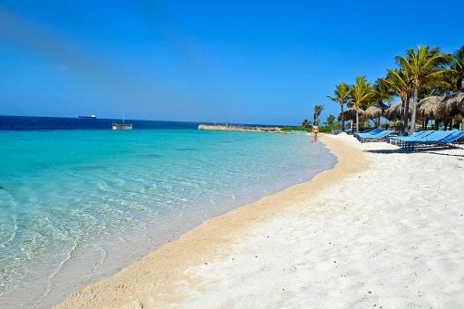 Infinity Beach Club Renaissance Curacao