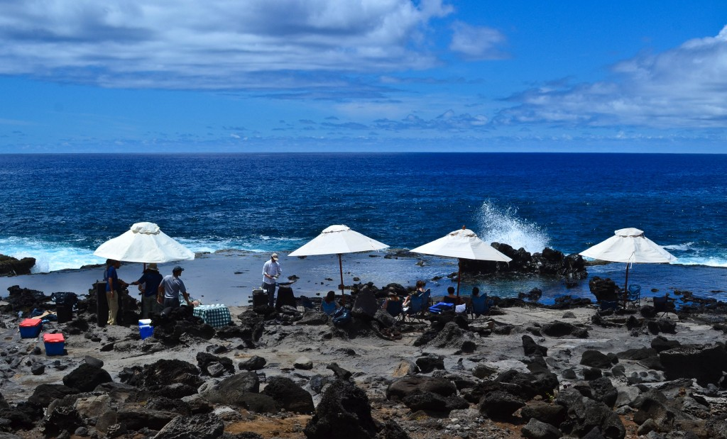 picnic explora rapa nui easter island