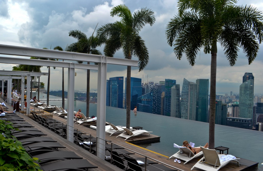 Infinity pool Marina Bay Sands Singapore