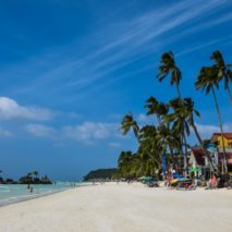 Photo of the Day – White Beach Boracay, Philippines