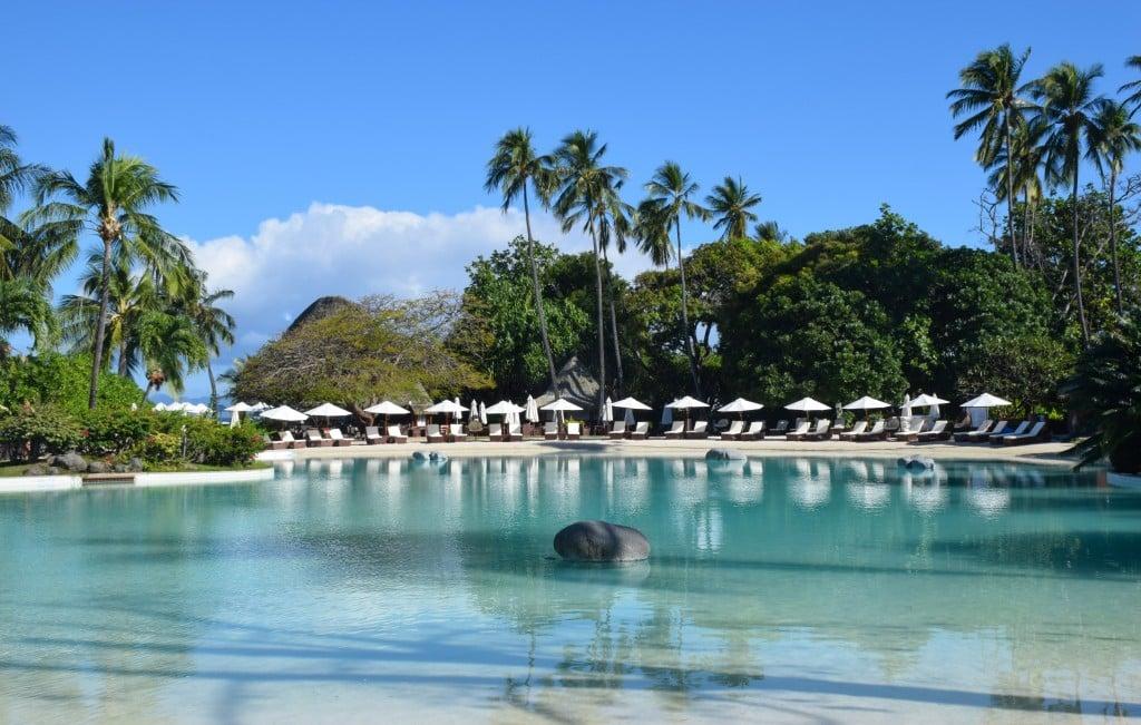 Le Meridien Tahiti pool