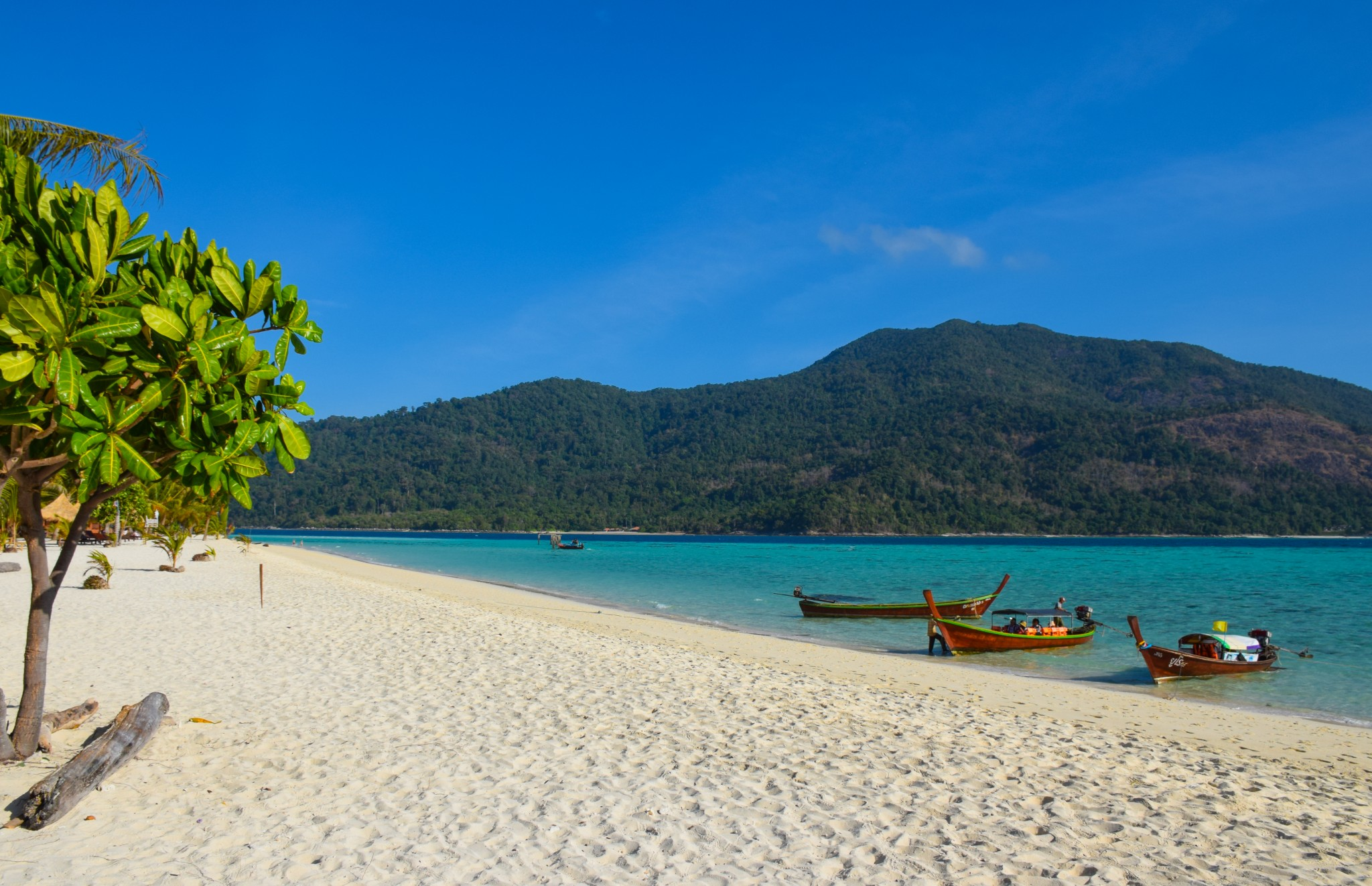 Thailands Best Islands Koh Lipe on Me Book