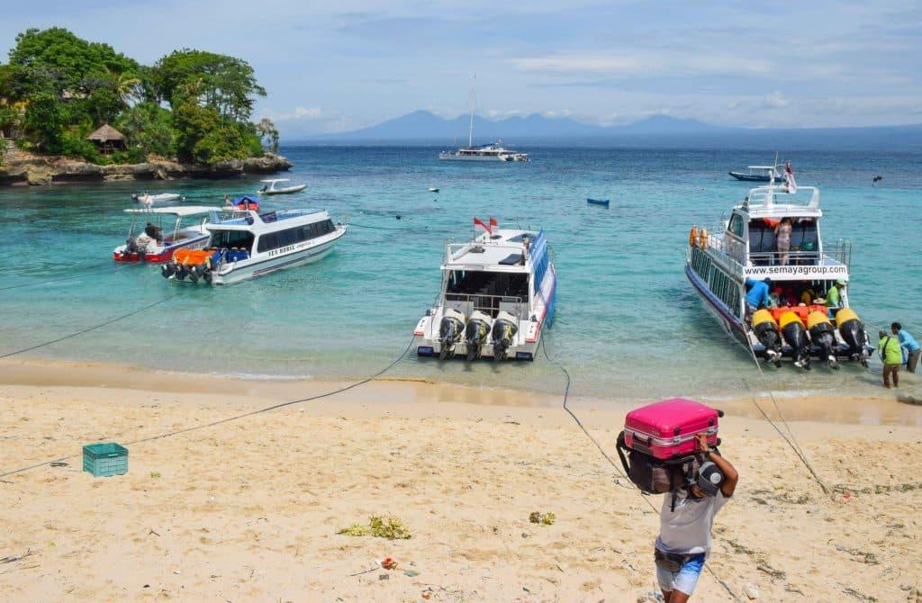 Mushroon Bay Nusa Lembongan Bali