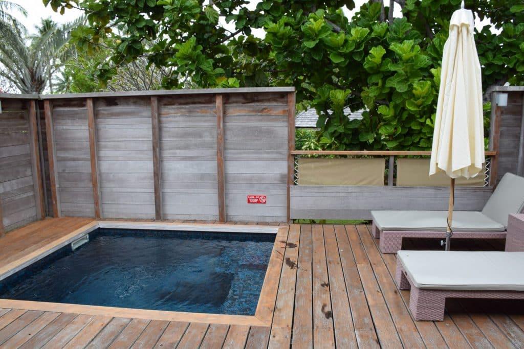 Hilton Moorea Garden Bungalow pool