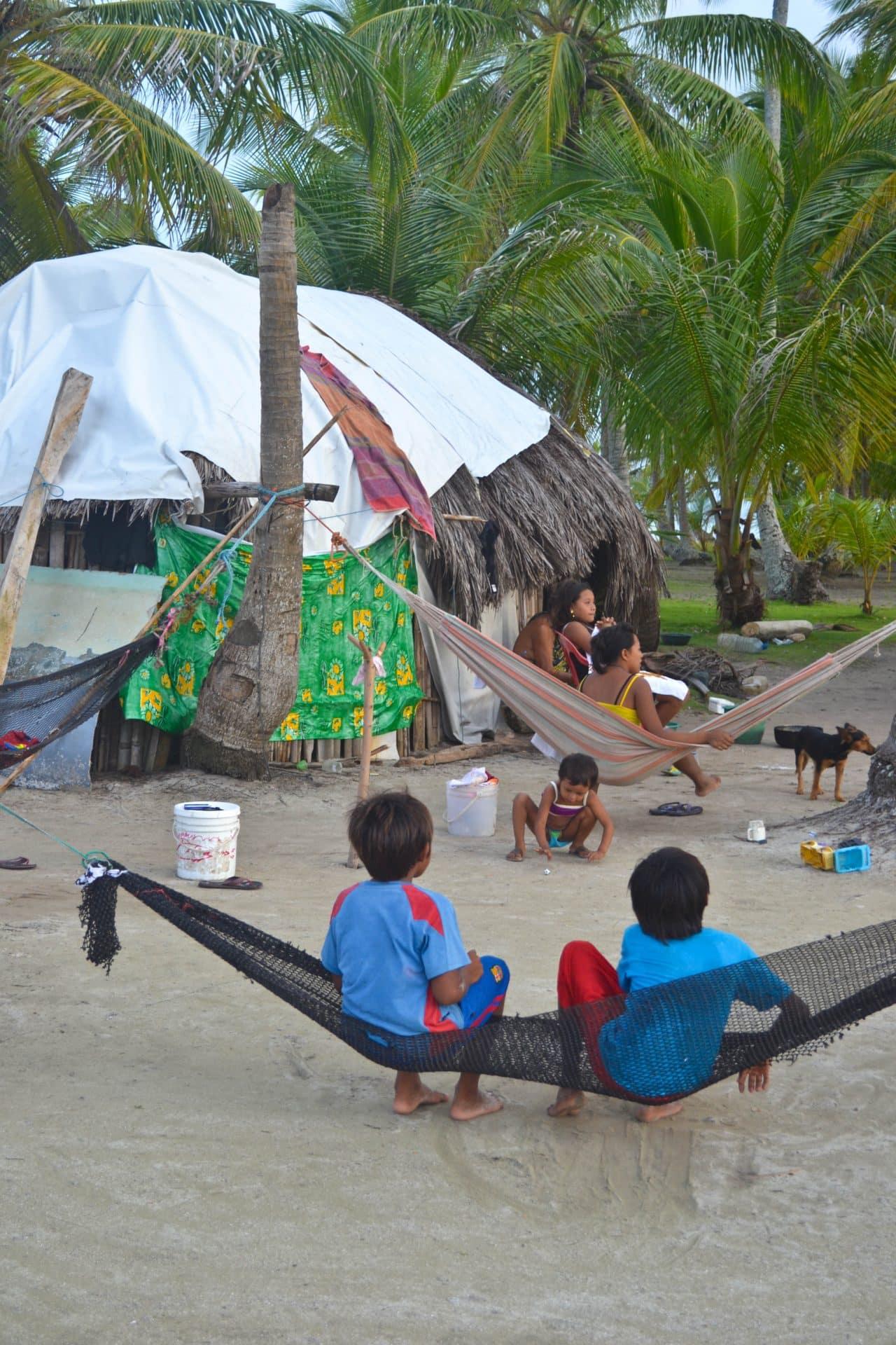 Kuna Yala family San Blas