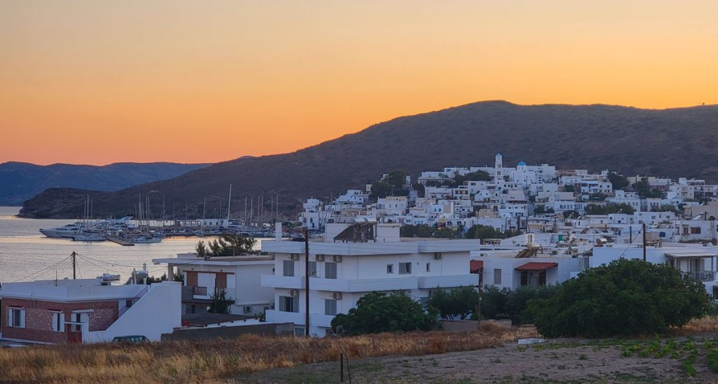 Adamas Town Sunset Milos
