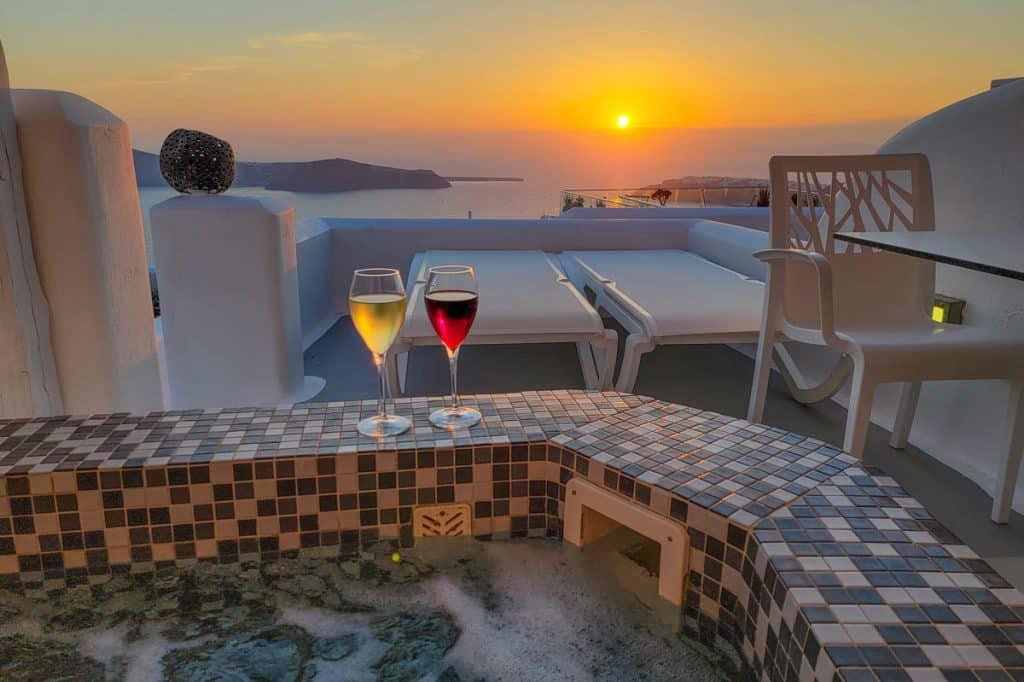 Kasimatis by La Perla Santorini Hotel