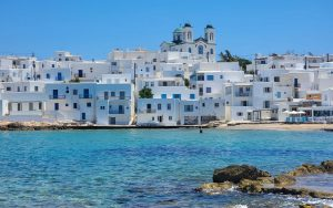 5 Reasons to Fall in Love with Paros Greece (Hint: Antiparos is one)